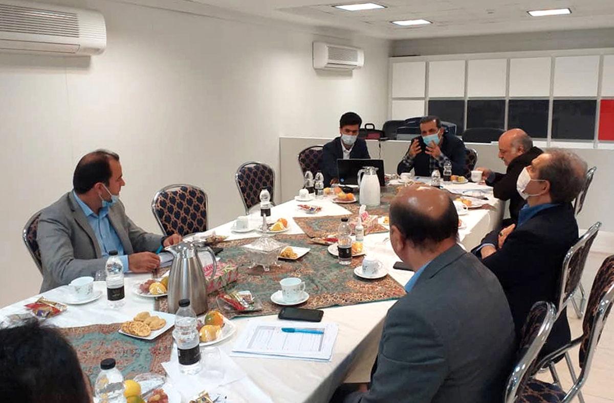مجمع «ارزیابی عملکرد برنامه های عملیاتی شعب شمال کشور» بانک دی برگزار شد
